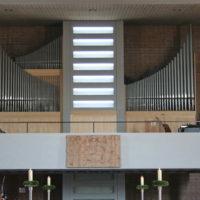 Orgel aus der Orgelwerkstatt Steinmeyer von 1962, in St. Magnus seit 2005